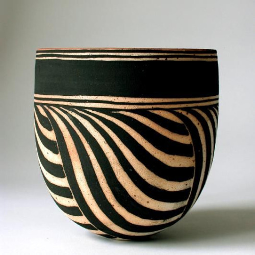 cool pattern on a pot